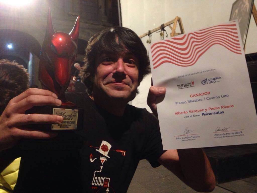 """Rata caostica recoge el premio a mejor Largometraje en nombre del equipo de """"Psiconautas"""""""